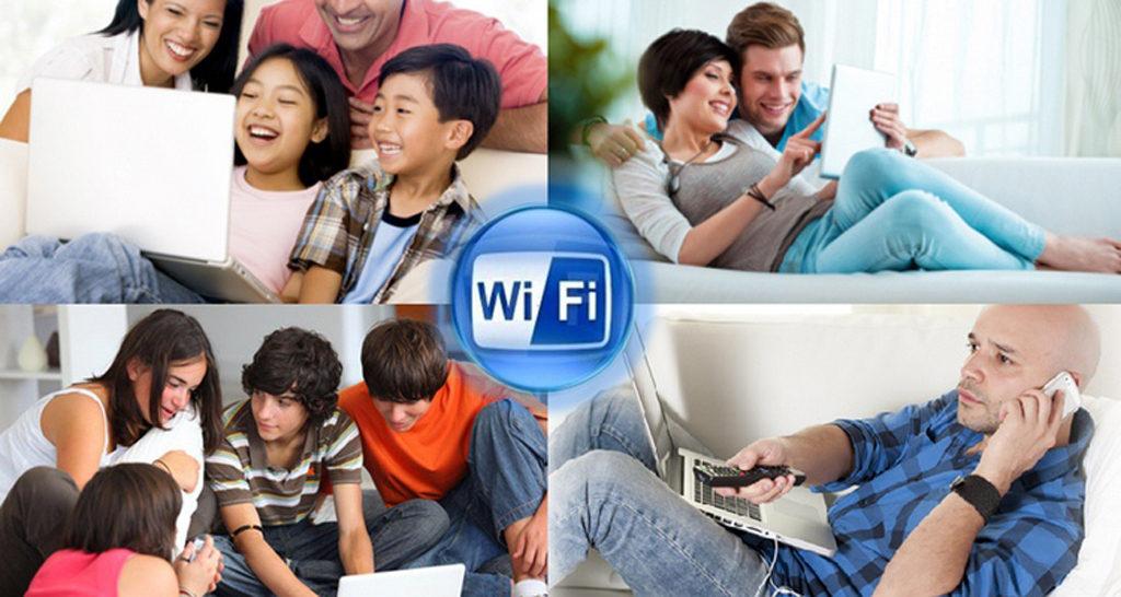 Gente-usando-WiFi
