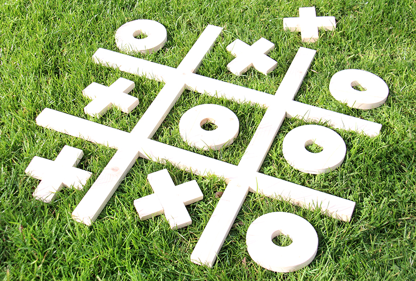 tic-tac-toe-game-set-1-8546-810x548